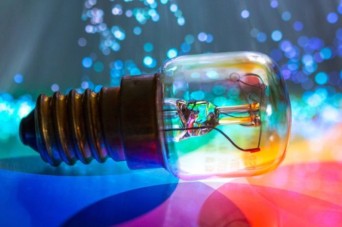 light-bulb-3056029_1280