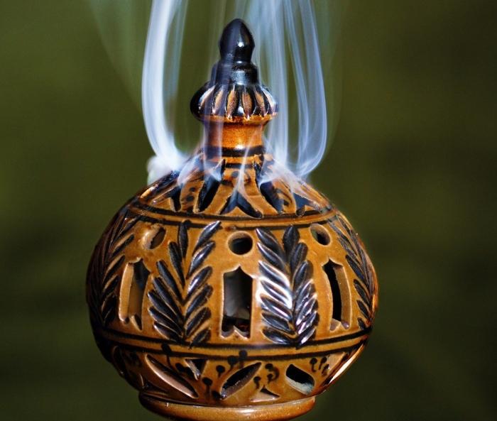 incense-1765739_1920-e1524370487129.jpg