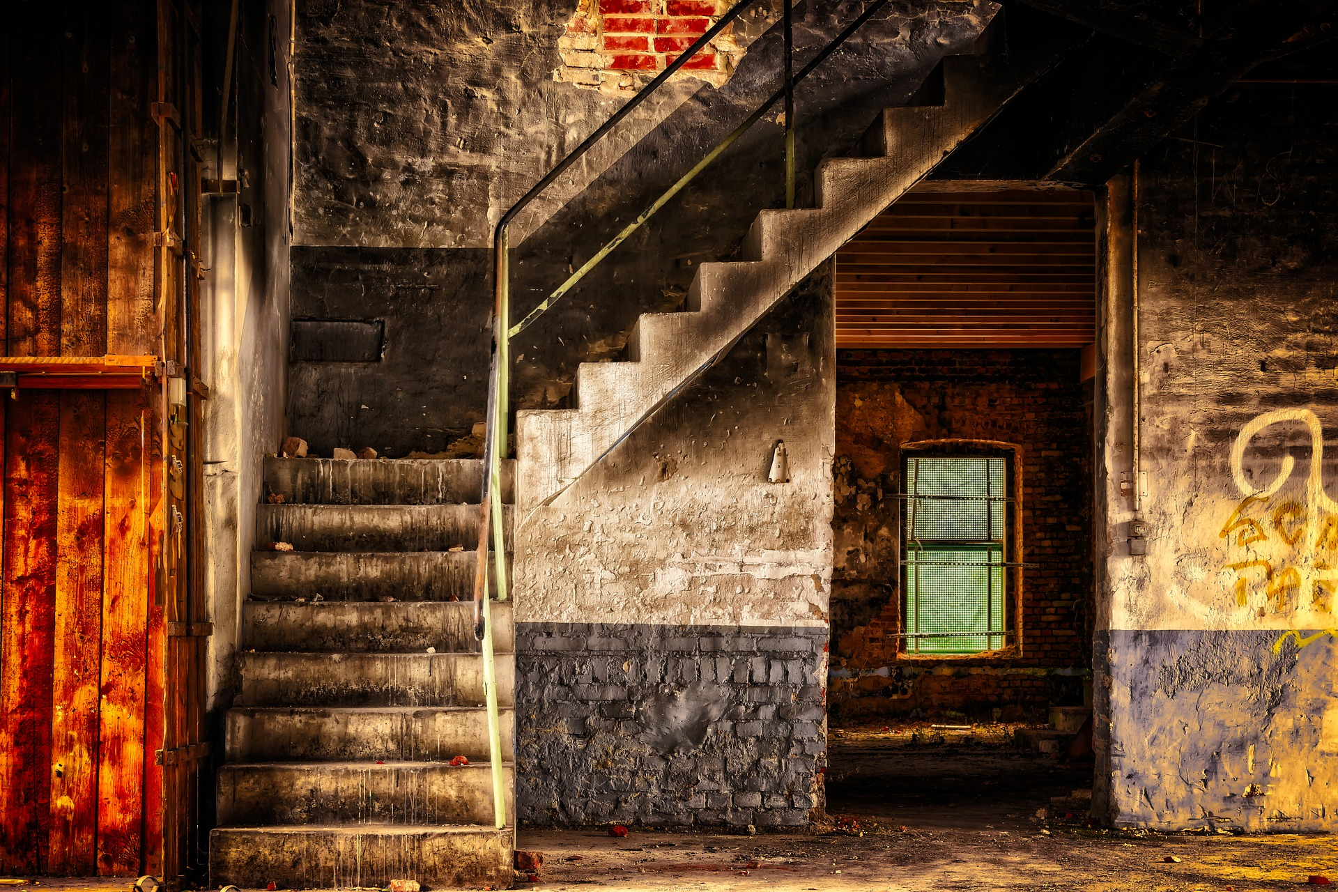 stairs-3314731_1920 Image by Peter H from Pixabay